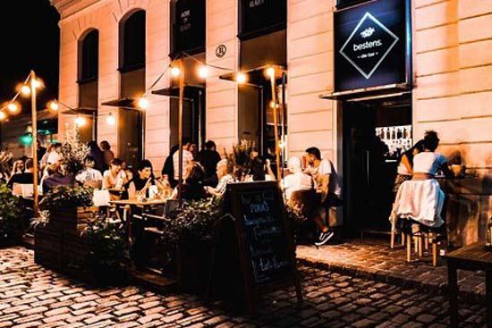 gastgarten cocktailbar 1070