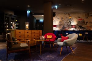 rubymarie_bar-salon