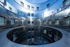 ruby_marie_hotel_vienna_-_round_patio_1