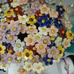 Keramikblumen aus Ungarn in der NaturoTheke